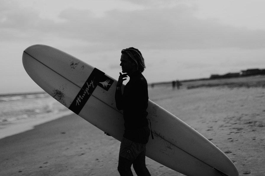 wilmington-beach-north-carolina-photographer-surfer-couple-048.jpg