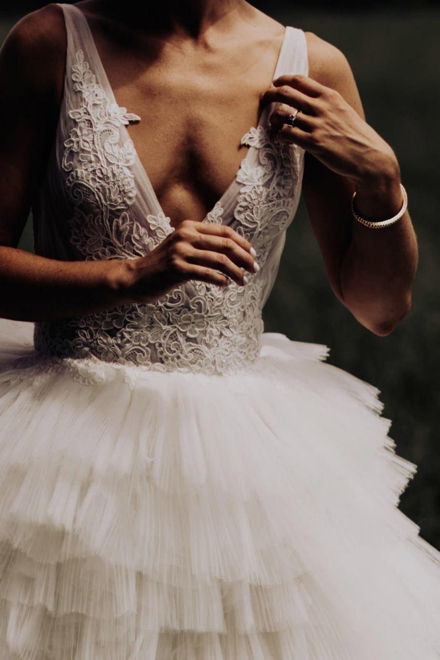 cleveland-backyard-wedding-best-cleveland-wedding-photographer-addison-jones-photography-0014.jpg