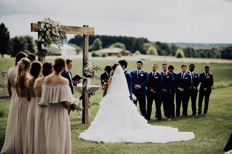 cleveland-backyard-wedding-best-cleveland-wedding-photographer-addison-jones-photography-0060.jpg