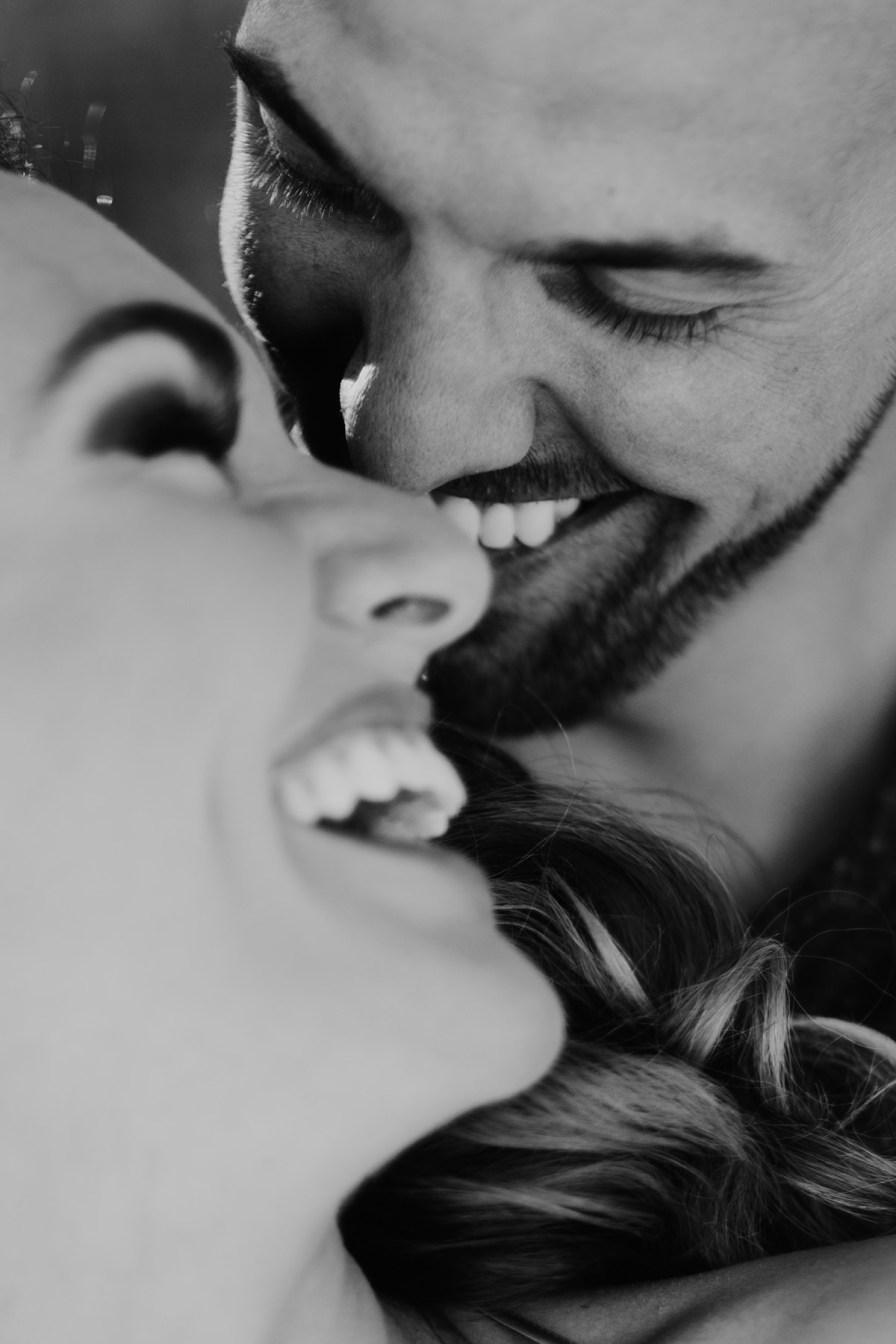 Adventure-Elopement-Photographer-Colorado-cute-couple-laughing