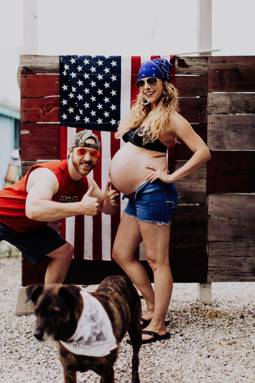hilariously funny maternity photos