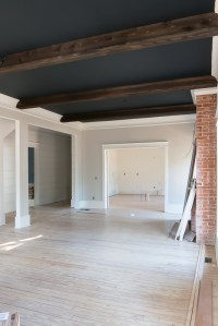 shiplap-ceiling-beams-black-ceiling-gray-walls-black ...