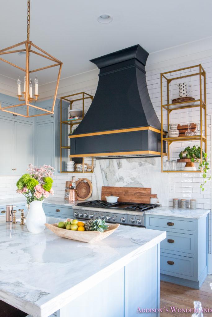 trendy kitchen wallpaper shelves 2018 home decor trends... black and white & macrame!