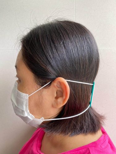 surgical mask strap side view