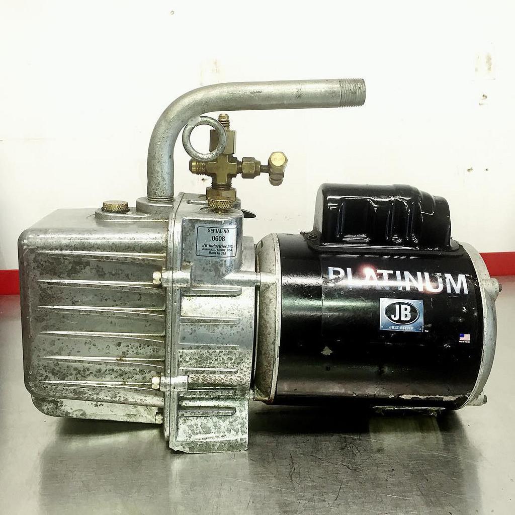 JB Industries Platinum DV-200N vacuum pump