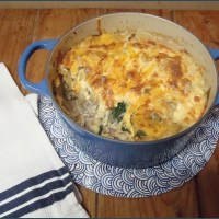 Beef and spinach pasta bake