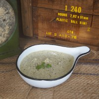 Creamy chicken and broccoli soup