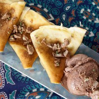 Choc mint ice cream pancake pairing with Wellington Wines Pinotage