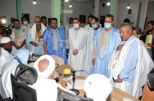 وزيرالثقافة يشرف على تدشين مقر للإذاعة الثقافية