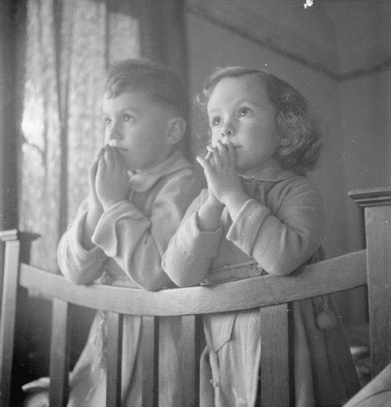 Luxembourgers in England: Evacuees in Surrey (1942)