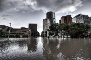 Riverfront Ave. (Calgary Flood 2013)