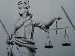el Tribunal Supremo (TS) corrige en parte el entuerto de las sentencias de la Manada de la Audiencia de Navarra y del TSJ de esa Comunidad.