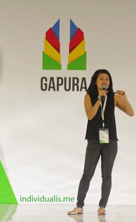 Mira-Sumanti-tengah-menjelaskan-Google-Bisnisku