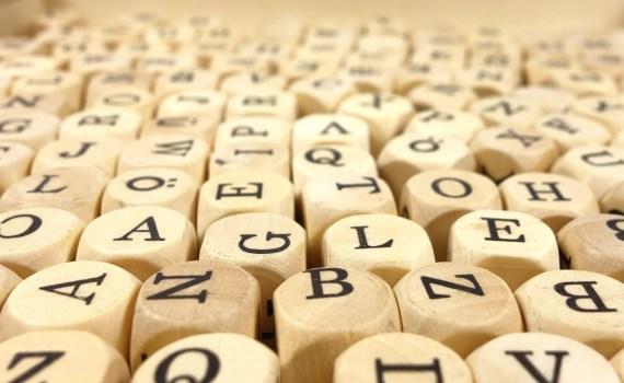 Imágenes de letras variadas, meramente decorativa