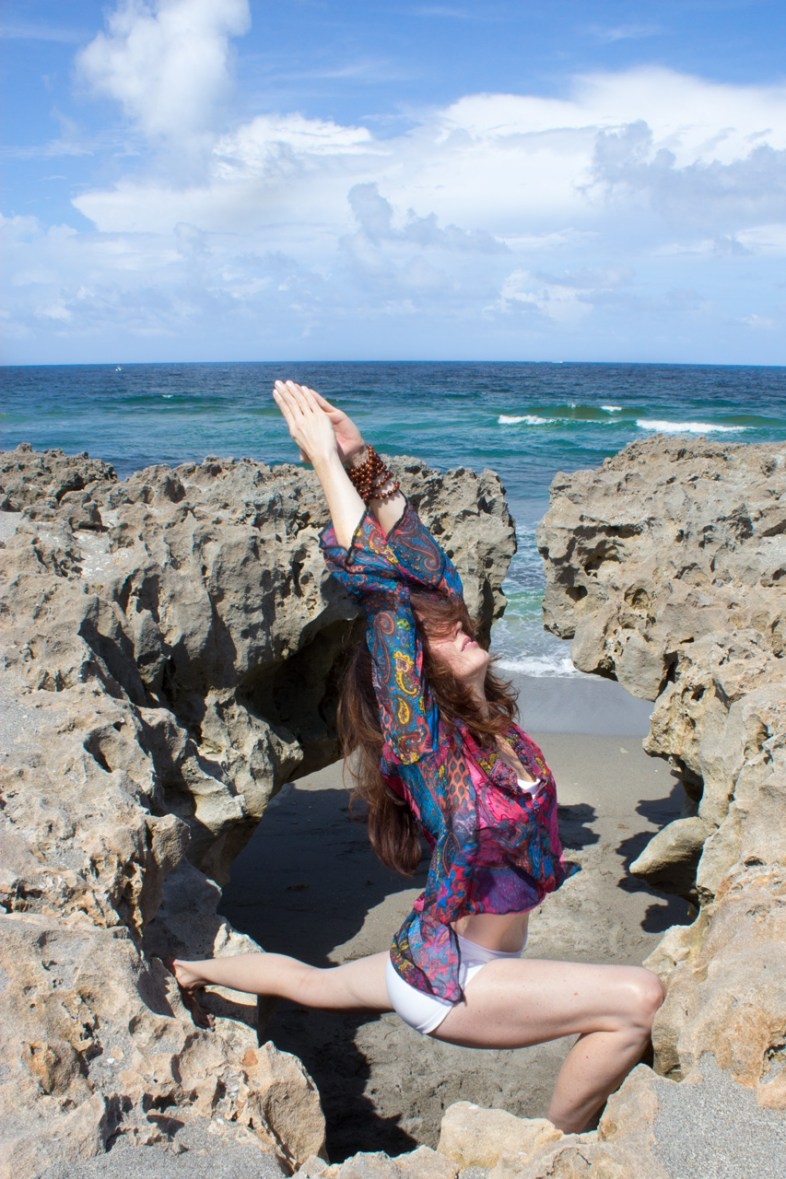 Joy Wolfe, Yoga, Prananda, Warrior I, Blowing Rocks, Jupiter, FL