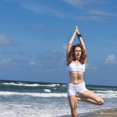 Joy Wolfe, Yoga, Prananda, Tree pose, Blowing Rocks, Jupiter, FL