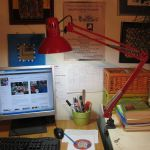 Lampa de birou Klausen rosu