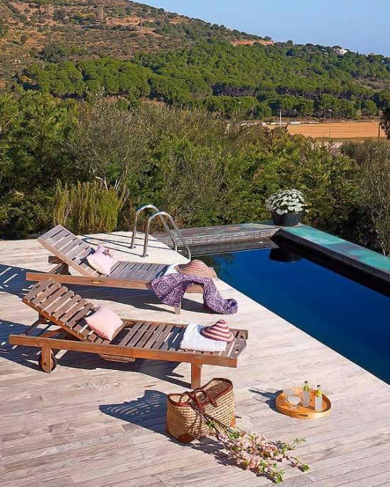 adelaparvu.com despre casa moderna de vcanta Foto Micasa (1)