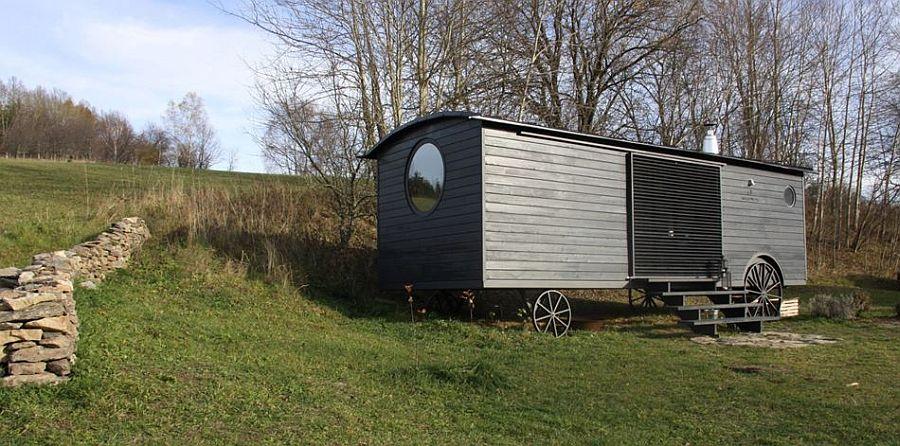 adelaparvu.com despre casa din lemn pe roti, design Miramari Design (11)