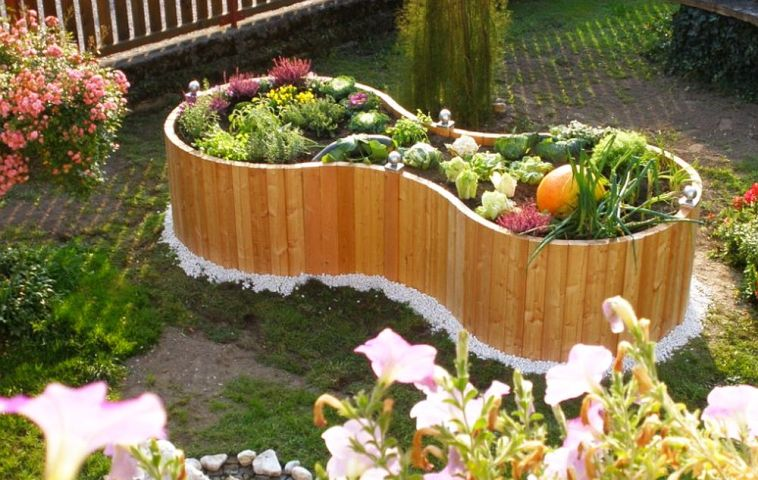 adelaparvu.com despre jardiniere, gradini urbane Timberra (3)