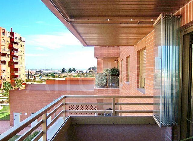 Ingenios Sistem cu geamuri culisante pentru balcon terase i nu numai  Adela Prvu  Interior