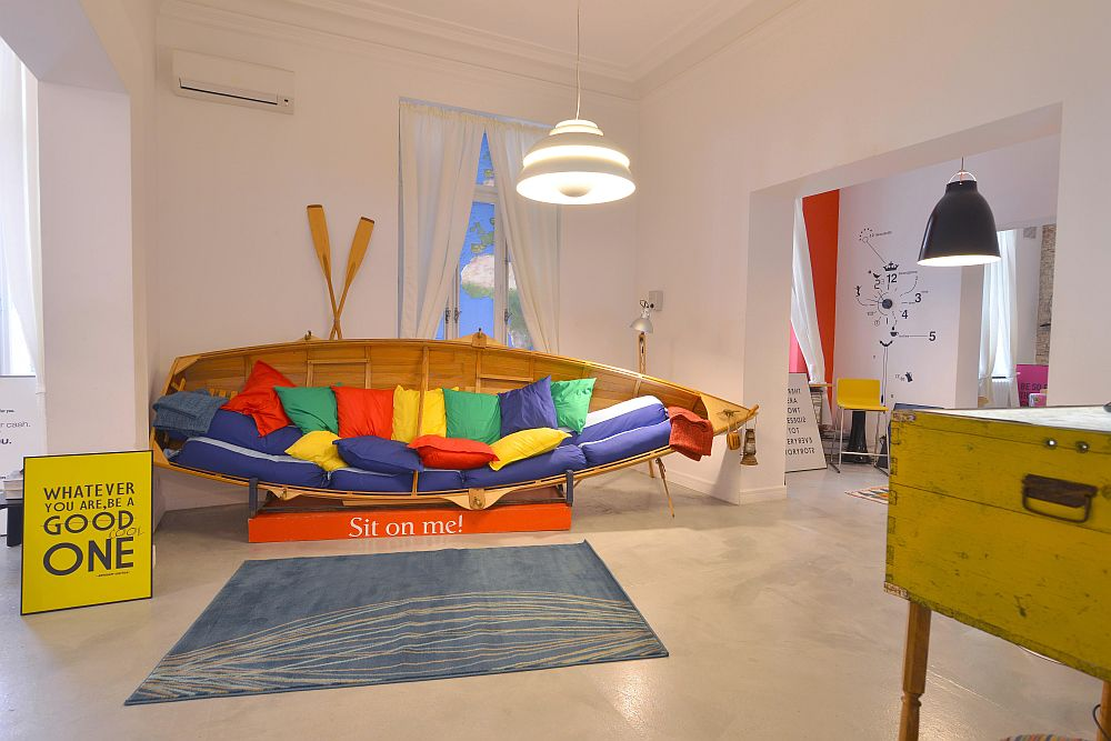adelaparvu.com despre Google House Romania, design interior Dragos Solot, tablouri Deco Box Liliana Stoica, organizator FCB Bucharest (20)