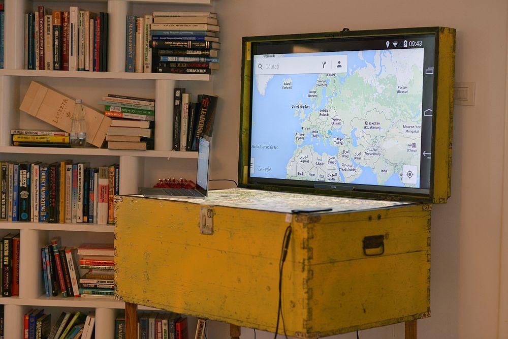 adelaparvu.com despre Google House Romania, design interior Dragos Solot, tablouri Deco Box Liliana Stoica, organizator FCB Bucharest (4)
