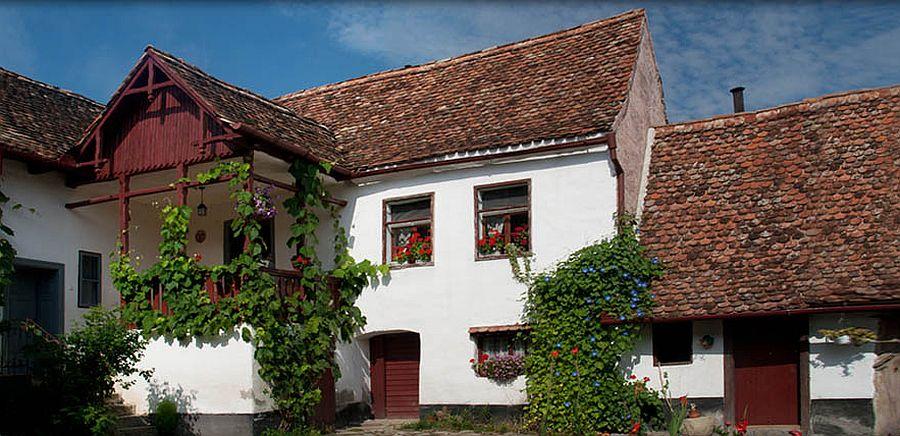 adelaparvu.com despre pensiunea Casa cu Zorele, case traditionale transilvanene, bedandbreakfast Crit, Transilvania, Romania (3)