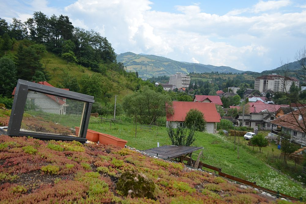 adelaparvu.com despre casa din baloti de paie Popasul Verde, Sangeorz Bai, Romania, proprietar Paul Axinte (24)