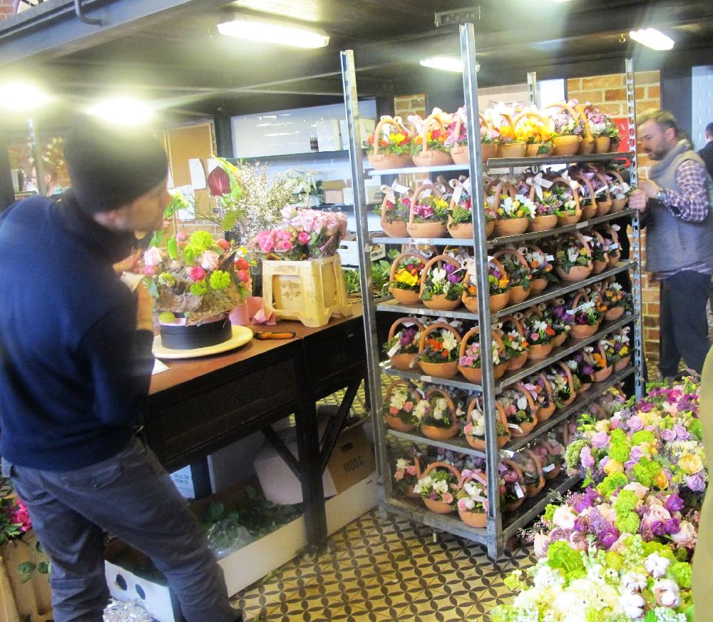 adelaparvu.com despre atelierul designerului florist Nicu Bocancea, Foraria Iris, design interior Pascal Delmotte (29)