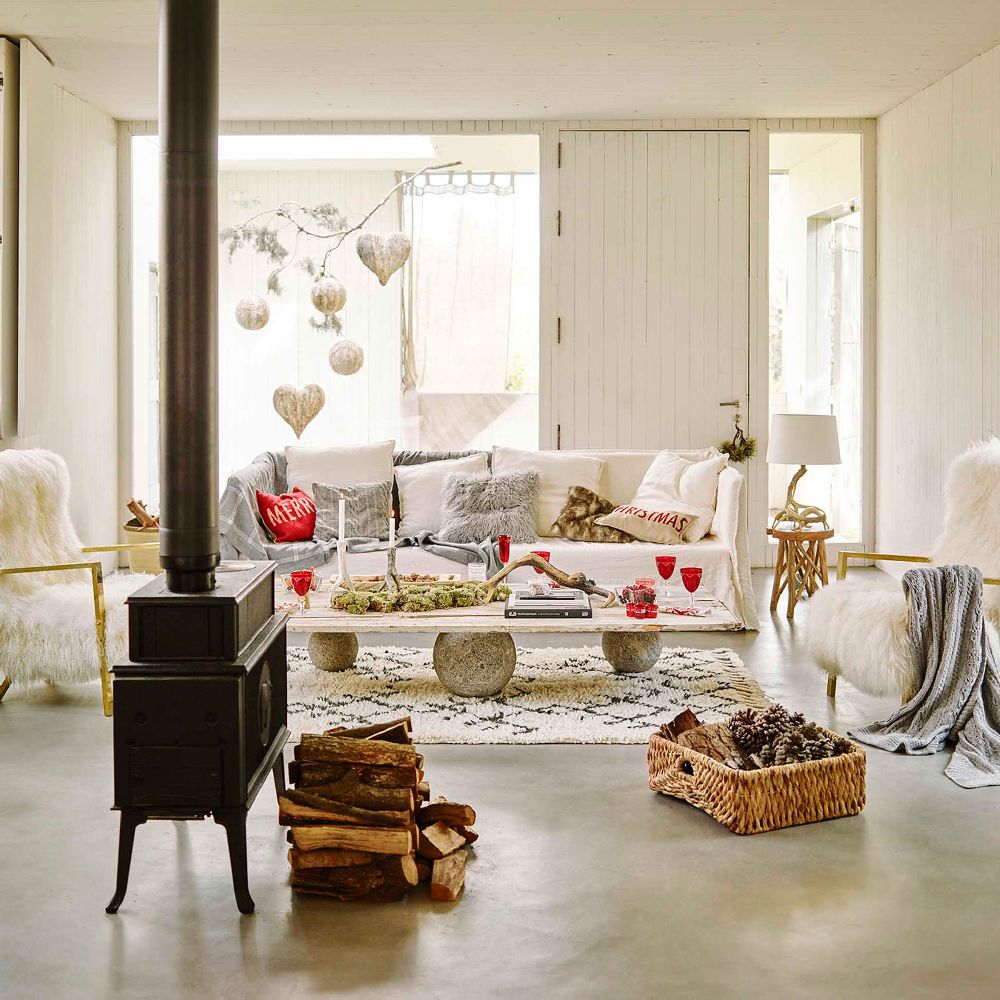 poveste de cr ciun cu decora iuni frumoase adela p rvu jurnalist home garden. Black Bedroom Furniture Sets. Home Design Ideas
