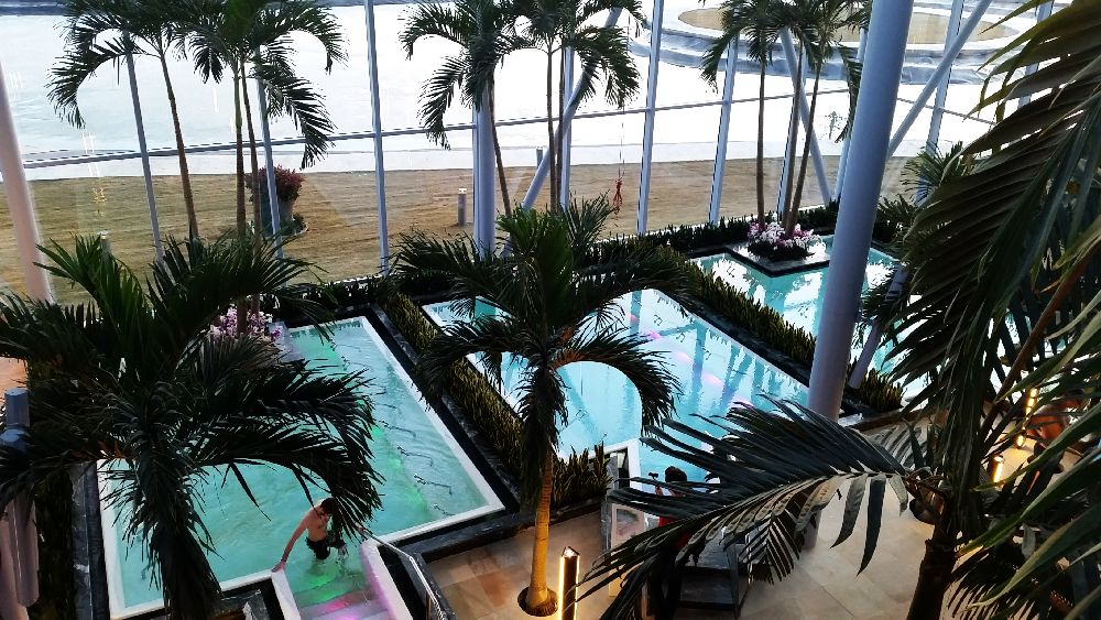 adelaparvu.com despre Therme Bucuresti, zona The Palm (48)