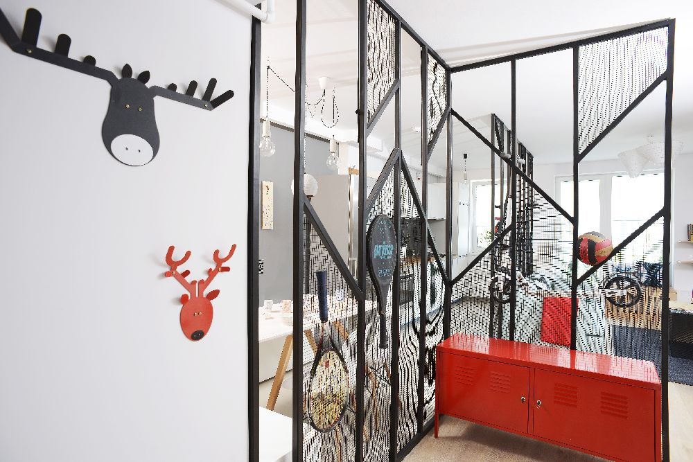 adelaparvu.com despre amenajare apartament 4 camere The Park, designeri Mihnea Ghildus si Marilena Popa (10)