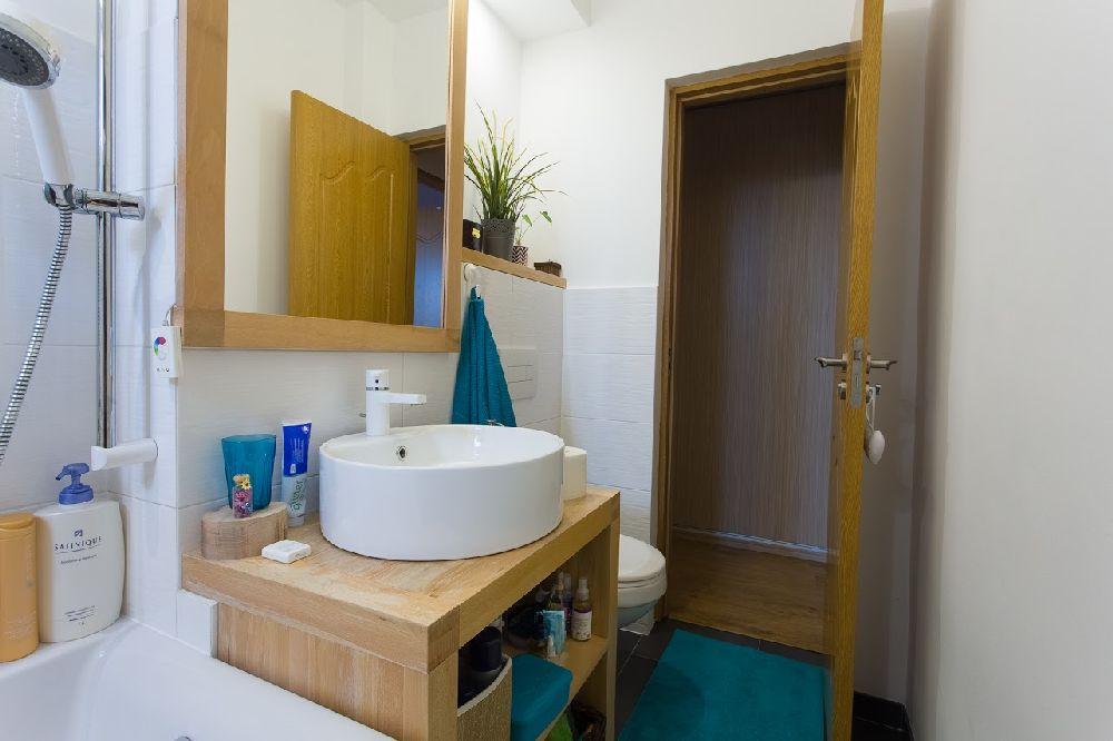 adelaparvu.com despre amenajare apartament 78 mp Miercurea Ciuc, design Botond si Emoke Szakacs, Foto Biro Zoltan, Szasz Gyongyver (7)