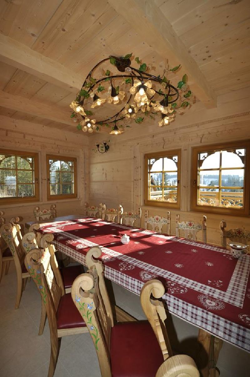 adelaparvu.com despre casa din lemn cu interior folcloric, casa Polonia, design interior Katarzyna Zachariasz-Rybak, k2 Studio (12)