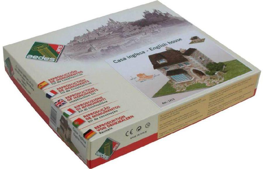 adelaparvu.com despre casa in stil englezesc, casa miniaturala, etape constructie, Atelierul de modelism (2)