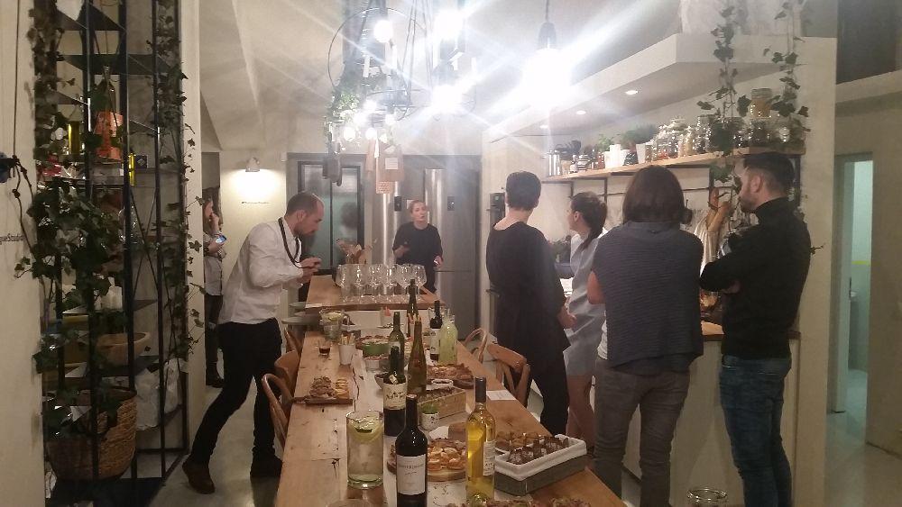 adelaparvu.com despre mansarda transformata in atelier culinar, Mazilique Studio, design arh. Eliza Yokina (9)