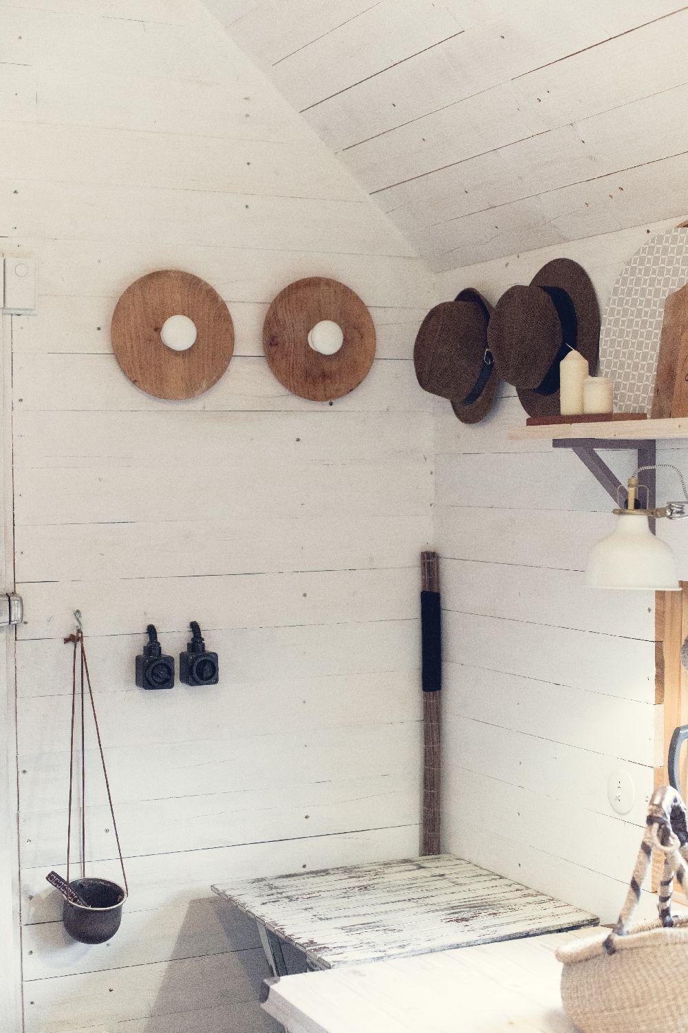 adelaparvu.com despre studio din lemn, Casutul, design Stefan Lazar, Ezzo Design, Foto Ezzo Design (24)