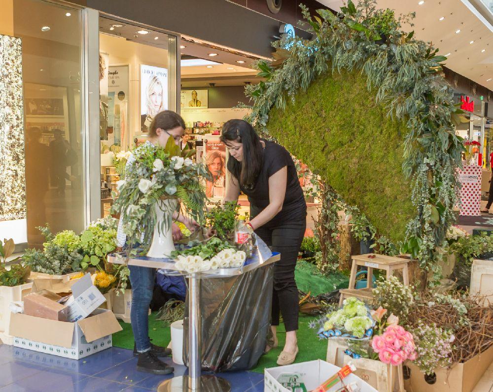 adelaparvu.com despre Floral Expo la Sun Plaza aprilie 2016, design floral Mihaela Gunta, The Wedding Company (15)