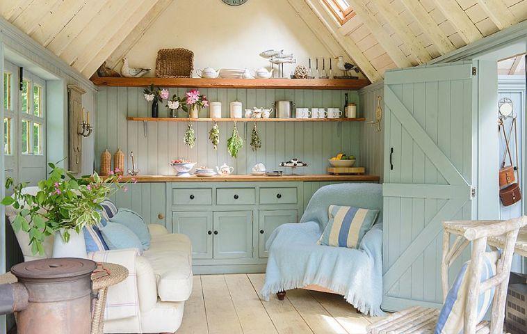 adelaparvu.com despre casuta de vacanta, casa de vara, designer Linda Kilburn , Foto Period Living, Colin Poole  (3)