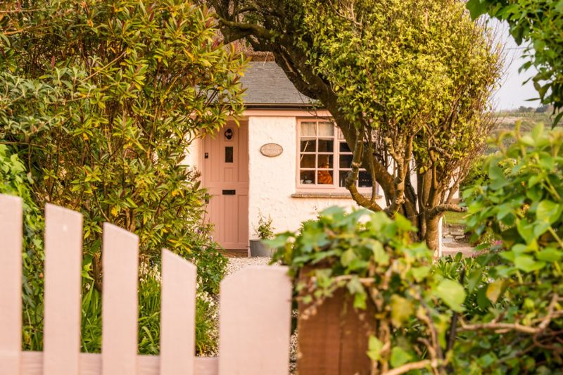 adelaparvu.com despre casa boema de vacanta, SIREN boho house, Coverack, Cornwall, foto Unique Home Stays (10)