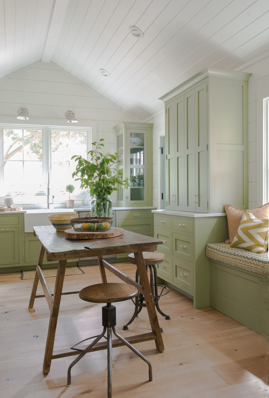 adelaparvu.com despre casa din lemn cu interior rustic actual, Design Kelly Mittleman, arch Mark Finlay, Foto Jane Beiles (9)