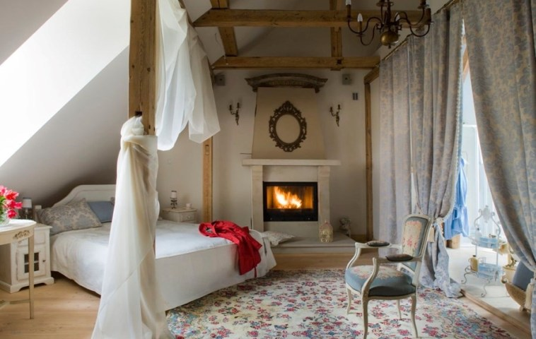 adelaparvu.com despre mansarda romantica, stil rustic, Design PrzepisnaDom, Foto Rafal Lipski (1)
