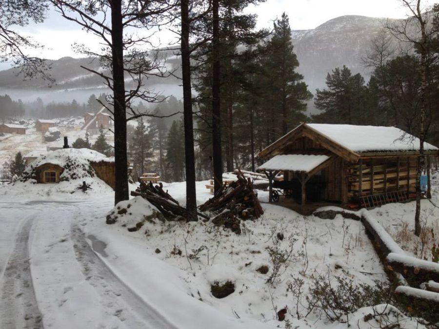 adelaparvu-com-despre-cabana-hobbit-hobbithytta-norvegia-design-sverre-mork-foto-facebook-hobbithytta-10