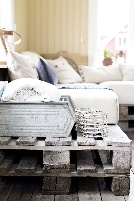 adelaparvu.com despre casa veche renovata, Suedia, design Susanna Ekeblad, Foto Cecillia Moller (11)