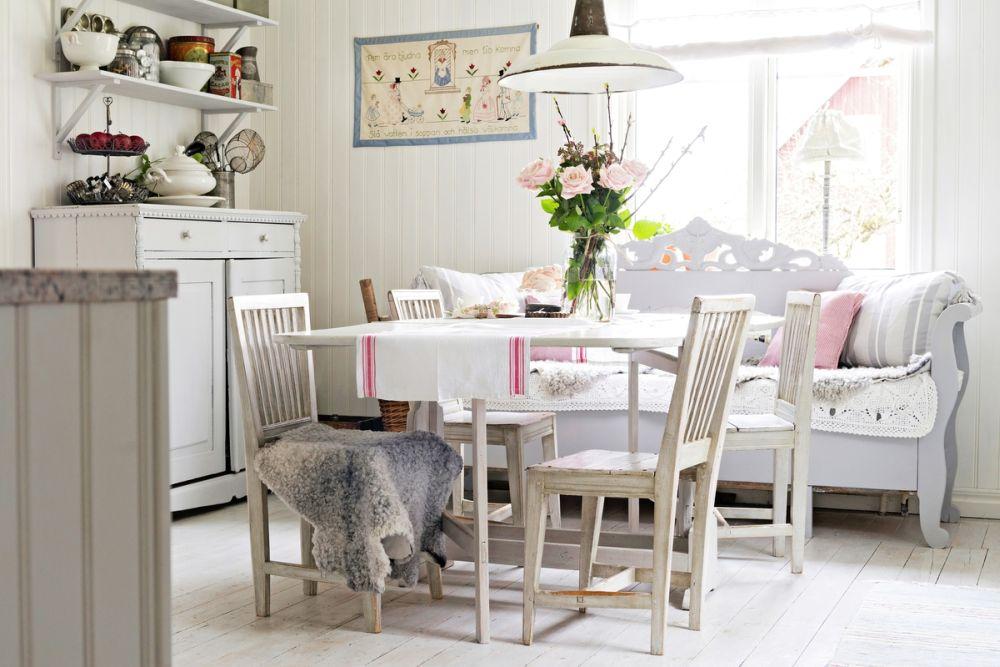 adelaparvu.com despre casa veche renovata, Suedia, design Susanna Ekeblad, Foto Cecillia Moller (18)