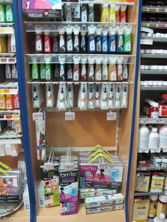 Gama de vopseluri decorative pentru sticla si portelan in magazinul ColorIt.