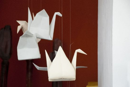 Ȋmpăturiri, lucrari din ceramica, artist Alina Constantin, fiecare piesa pret100 euro