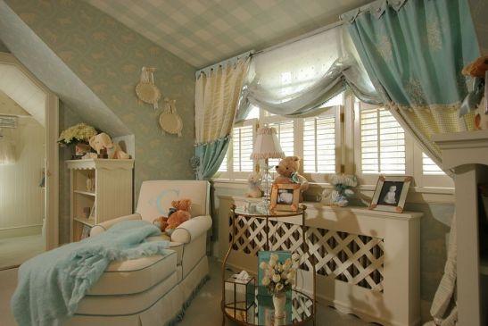 Design Creative Wallcoverings & Interiors