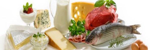 ¿La dieta alta en proteínas y baja en carbohidratos realmente adelgaza?